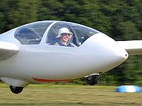 Niclas fliegt alleine